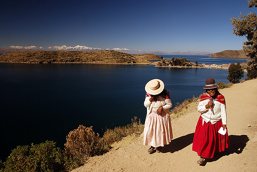 indian-women-titicaca.jpg
